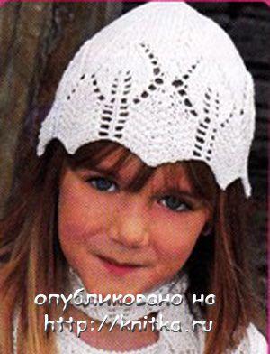 Вязание спицами шапочки ажурной для девочки