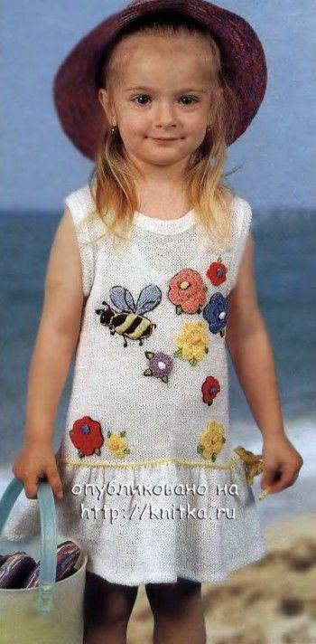 Белое платье для девочки. Вязание спицами.