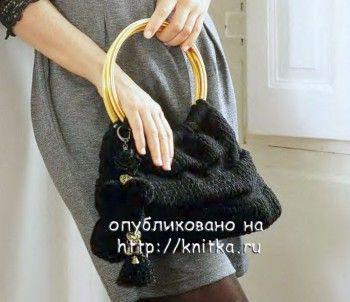 Черная сумка с круглыми ручками. Вязание спицами.