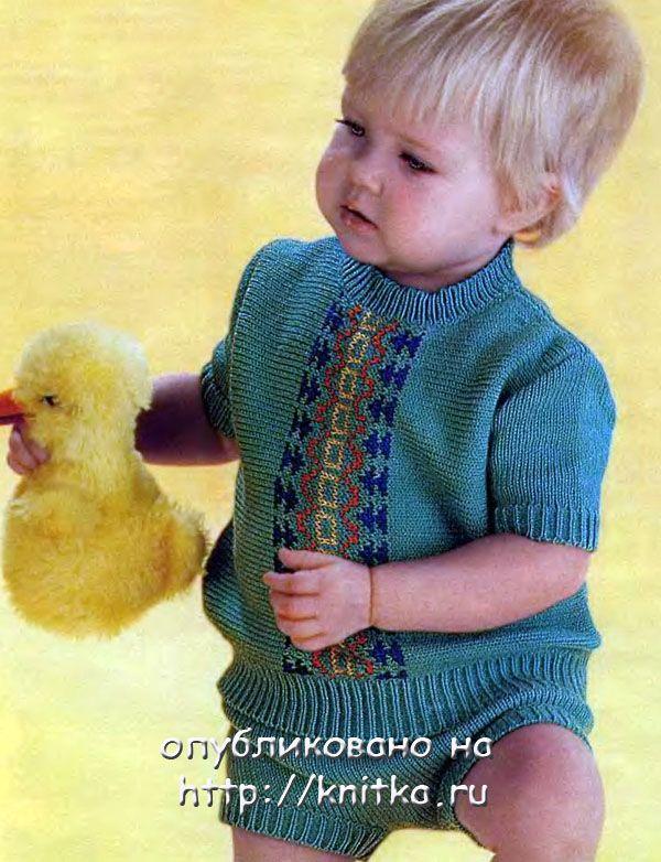 Летний костюм для мальчика, вязаный спицами.