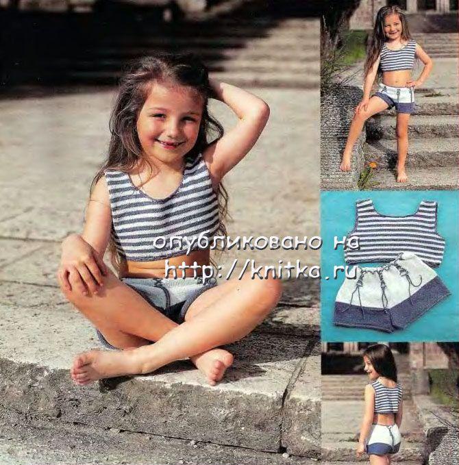 10=10 см. Морской комплект для девочки: топ и шорты, связанные спицами.
