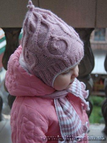 Лиловая шапочка и шарф для девочки, связанные спицами