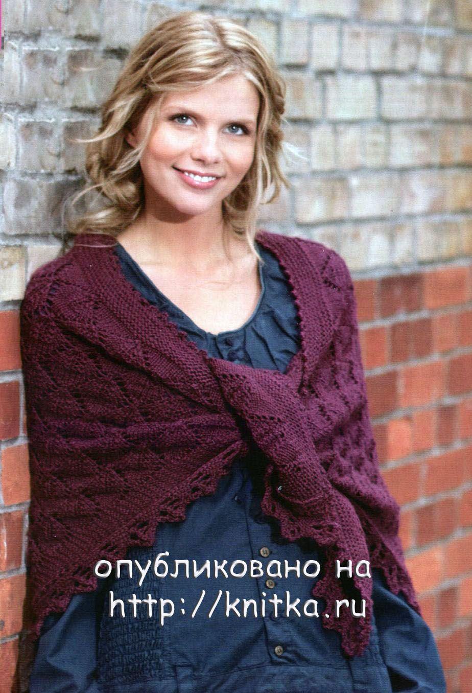 Вязание спицами для женщин.  Модель 2012.  Вяжем платок с ажурными ромбами.  Описание и схемы.