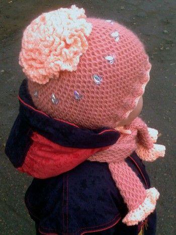 Розовая шапочка и шарфик