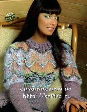 Ажурный свитер связанный спицами