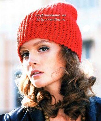 Красная шапочка - колпачок, связанная спицами