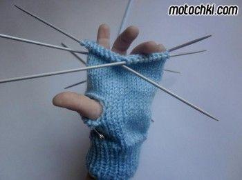 Как связать детские варежки спицами. Вязание спицами.