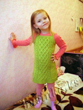 Сарафан - туника для девочки. Вязание спицами.