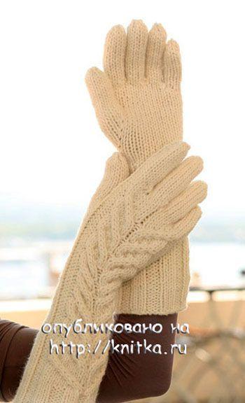 фото длинных перчаток, связанных спицами