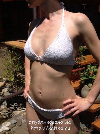 фото вязаного спицами купальника