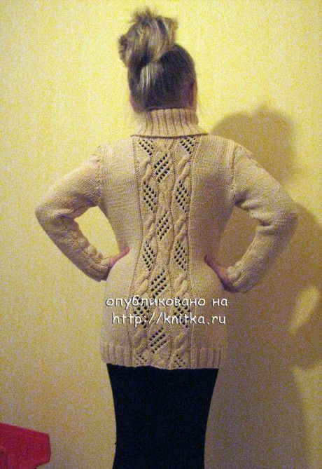 фото вязаной спицами туники
