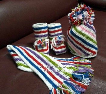 шапка, шарф и пинетки спицами