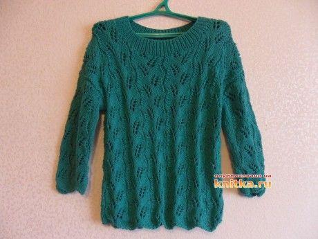 фото вязаного спицами пуловера