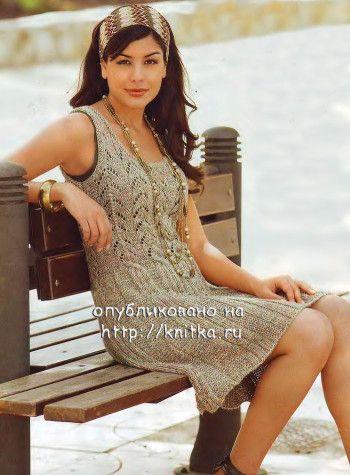 Вязаное спицами летнее платье из экопряжи. Вязание спицами.