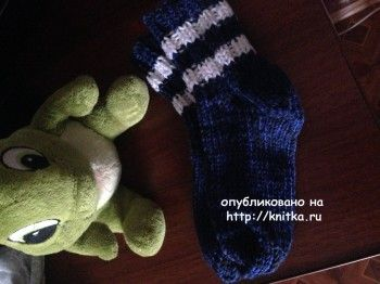 Вязаные спицами носки - работа Ольги. Вязание спицами.
