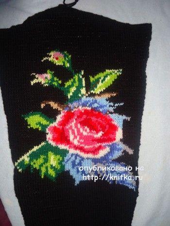 Вязаный спицами свитер - работа Лилии