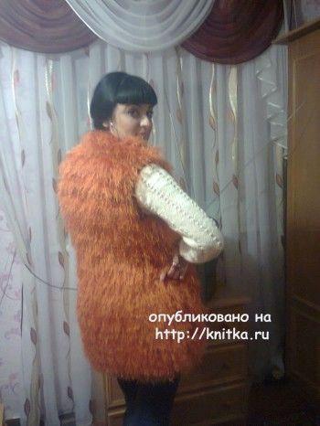 Жилет спицами - работа Ирины Стильник