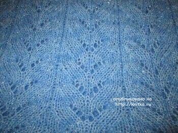 Вязаный спицами свитер - работа Марии Гнедько