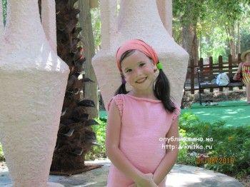 Платье для девочки спицами - работа Арины