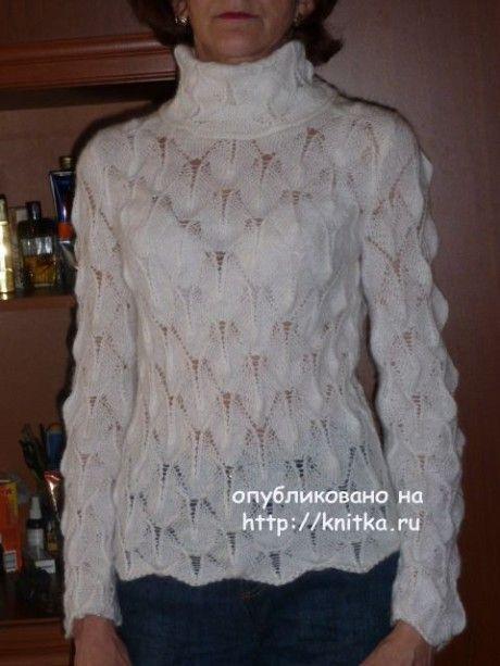 Женский ажурный свитер спицами. Работа Марины Ефименко. Вязание спицами. 0n
