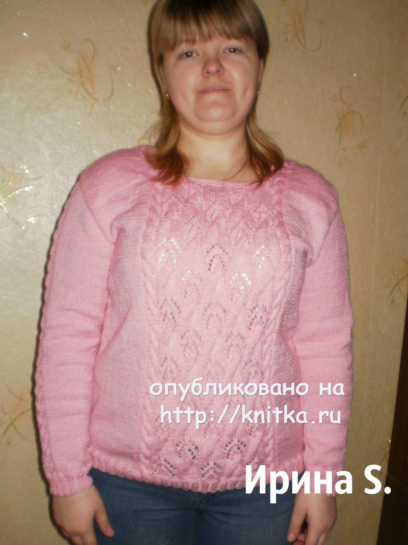 b1bd468d9f4 Женский свитер связанный спицами с описанием и схемой вязания ...
