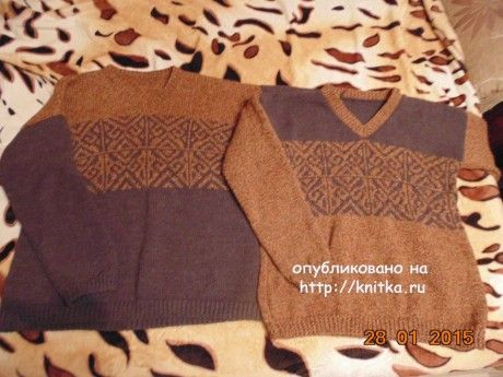 Мужской свитер с жаккардовым узором спицами. Работа Екатерины. Вязание спицами.