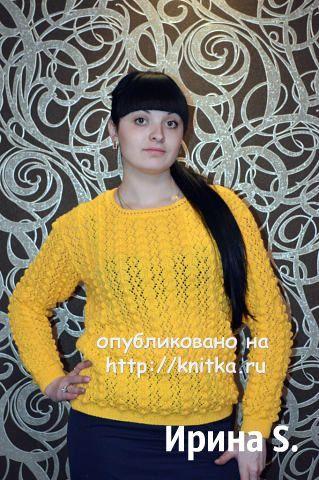Желтый свитер спицами - работа Ирины Стильник