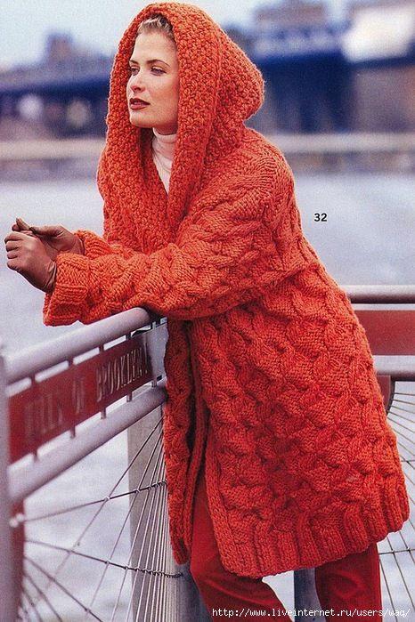 Пальто с капюшоном связать