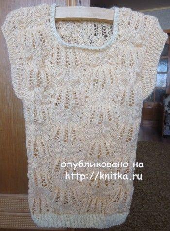 Вязаная спицами безрукавка - работа Валерии вязание и схемы вязания
