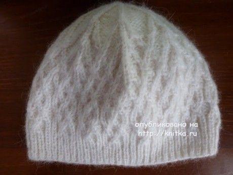 Вязаная спицами шапочка - работа Марины Ефимовой вязание и схемы вязания