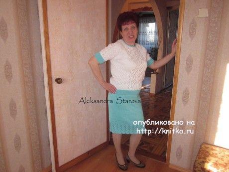 Вязаный спицами костюм - работа Александры Старовой. Вязание спицами.