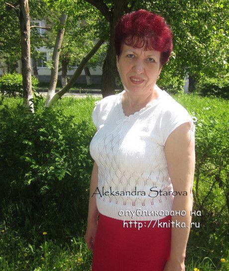 Летняя ажурная кофточка спицами. Работа Александры Старовой. Вязание спицами.