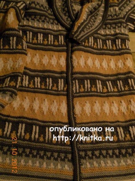 Вязаный жакет в жаккардовой технике вязание и схемы вязания
