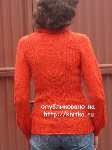 Вязаный спицами свитер. Работа Марины Ефименко вязание и схемы вязания