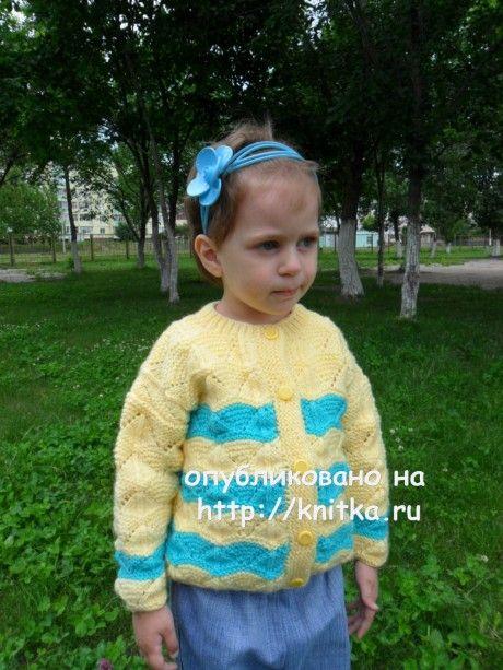 Детская кофточка спицами. Вязание спицами.