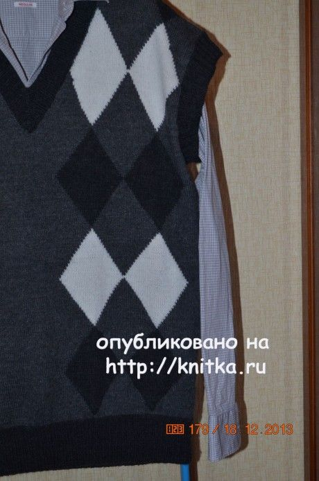 Мужской жилет. Работа Анастасии Поповой вязание и схемы вязания