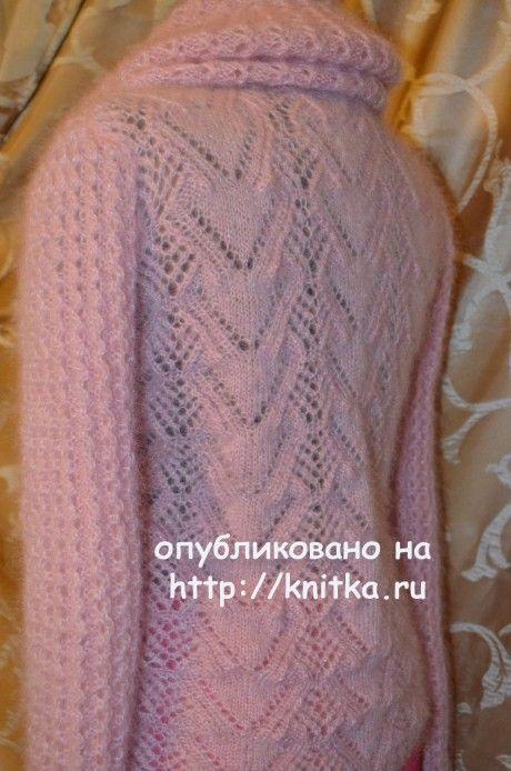 Свитер с воротником Хомут. Работа Анастасии Поповой вязание и схемы вязания