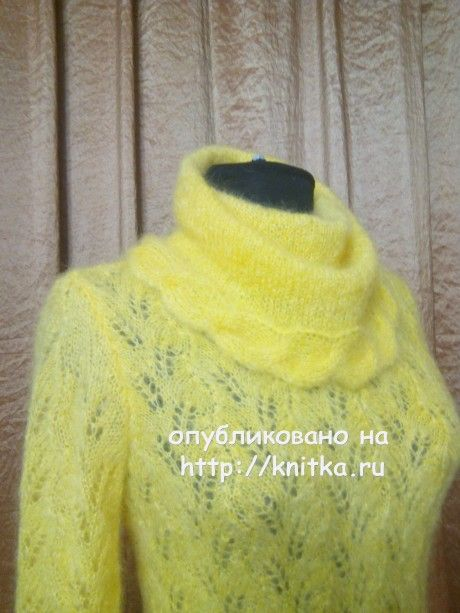 Желтый свитер спицами. Работа Поповой Анастасии вязание и схемы вязания