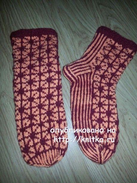Носки с геометрическим рисунком. Работа Фариды вязание и схемы вязания