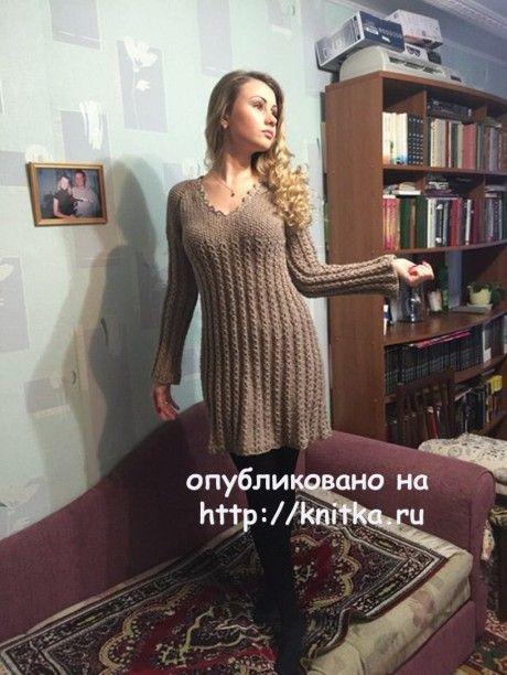 Платье спицами. Работа Натальи. Вязание спицами.