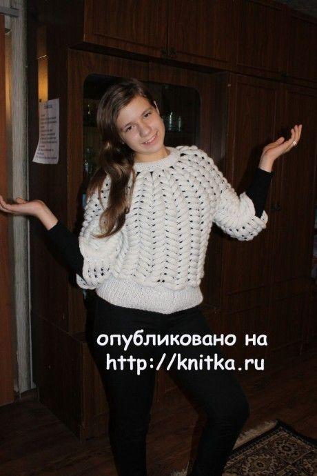 Свитер для девочки. Работа Татьяны вязание и схемы вязания
