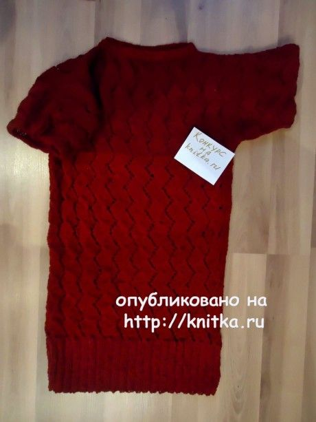 Свитер двухцветный. Работа Валерии вязание и схемы вязания