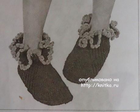 Домашние тапочки спицами. Работа Валерии вязание и схемы вязания