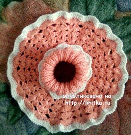 Вязаная манишка для девочки. Работа Валентины вязание и схемы вязания