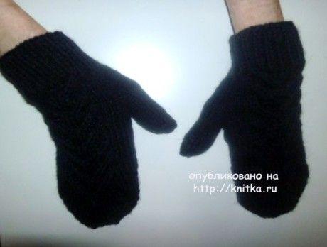 Вязанные спицами варежки. Работа Любови Афанасьевой. Вязание спицами.