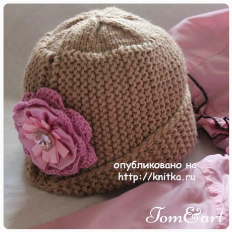 Оригинальная женская шапочка спицами. Работа Тамары. Вязание спицами.