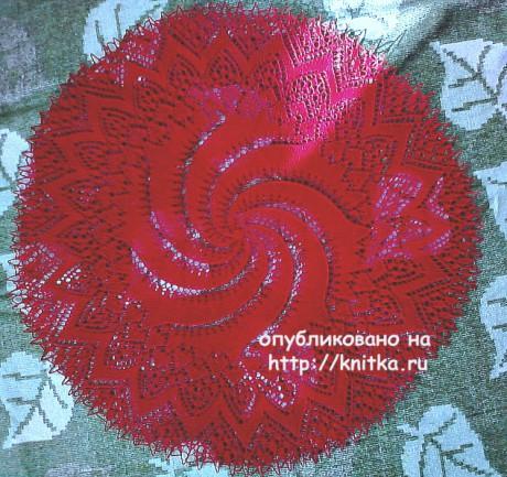 Красная салфетка спицами. Работа Васюткиной Ирины. Вязание спицами.