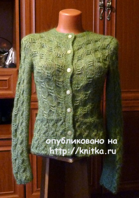 Зеленый жакет спицами. Работа Марины Ефименко. Вязание спицами.