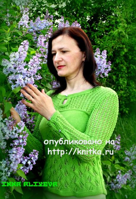Свитер спицами с узором листики. Работа Inna Aliyeva вязание и схемы вязания