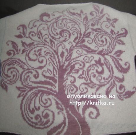 Пуловер спицами Древо жизни. Работа Арины. Вязание спицами.